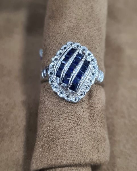 Genuine Certified Blue sapphire, White Sapphire 18kt white gold coated 925 sterling silver Ring. Ladies.